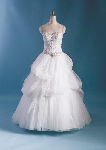مدل لباس عروسی پرنسسی