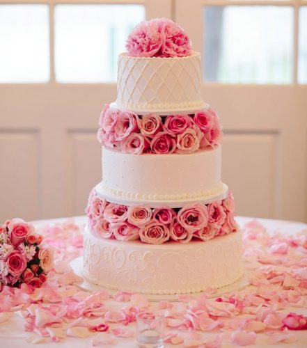 مدل کیک عروسی جدید و منحصر به فرد برای جشنهای عروسی شیک ایرانی
