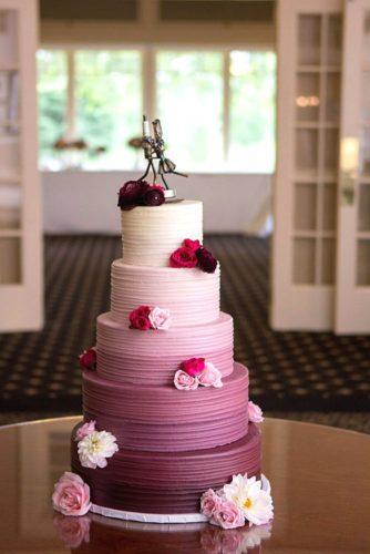 کیک شیک عروسی با استند