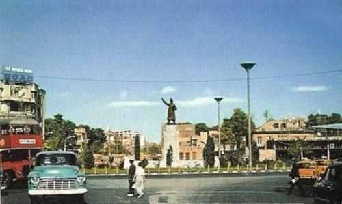 ماجرای عشق بانوی قرمز پوش تهران