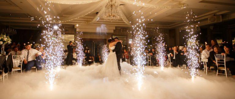 همه چیز برای یک ورود باشکوه به مراسم عروسی آماده است!