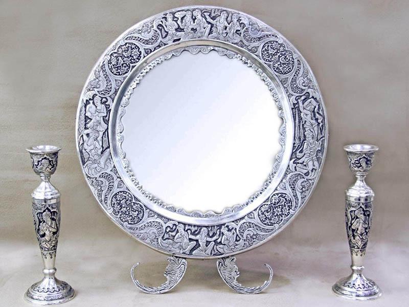 آینه و شمعدان عروسی بخریم یا خیر؟